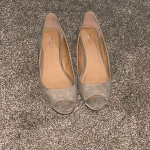 Open toe wedges taupe color size 8